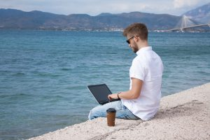 how to live a laptop lifestyle